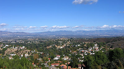 [عکس: 400px-San_Fernando_Valley_vista.jpg]