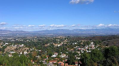 [عکس: 400px-San_Fernando_Valley_vista.jpg]